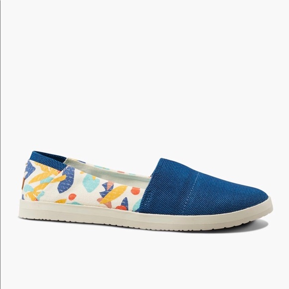 Reef Womens Rose Lx Mary Jane Flat